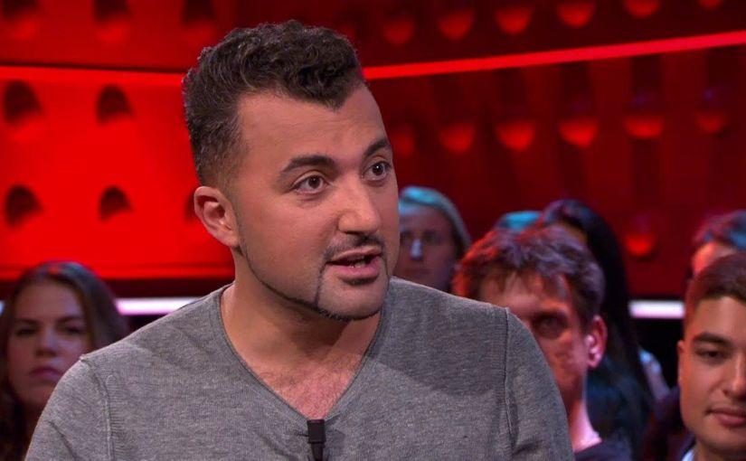 Özcan Akyol: 'Ik ben afgehaakt met het lezen van boeken van mijn generatiegenoten'